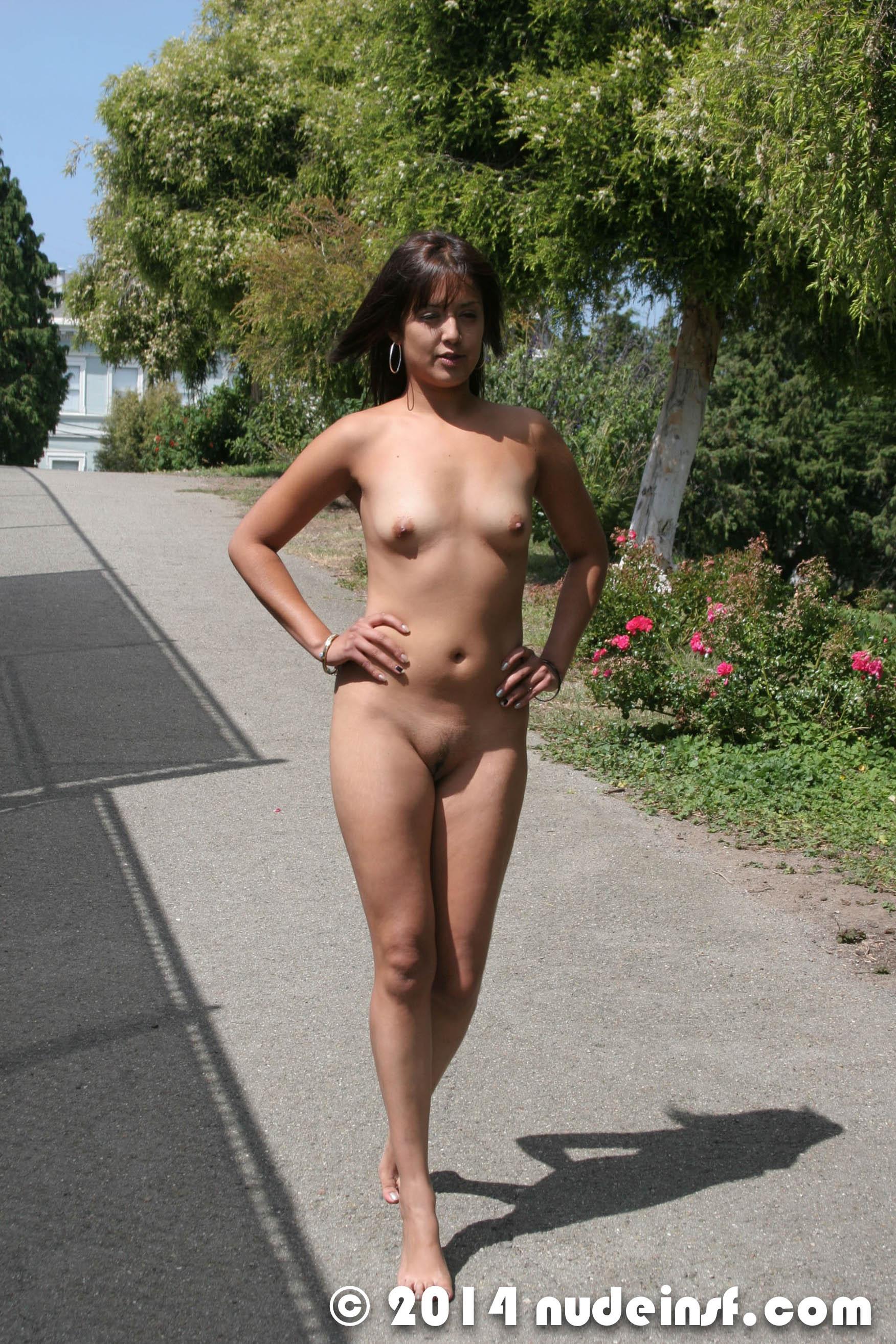 naked talia