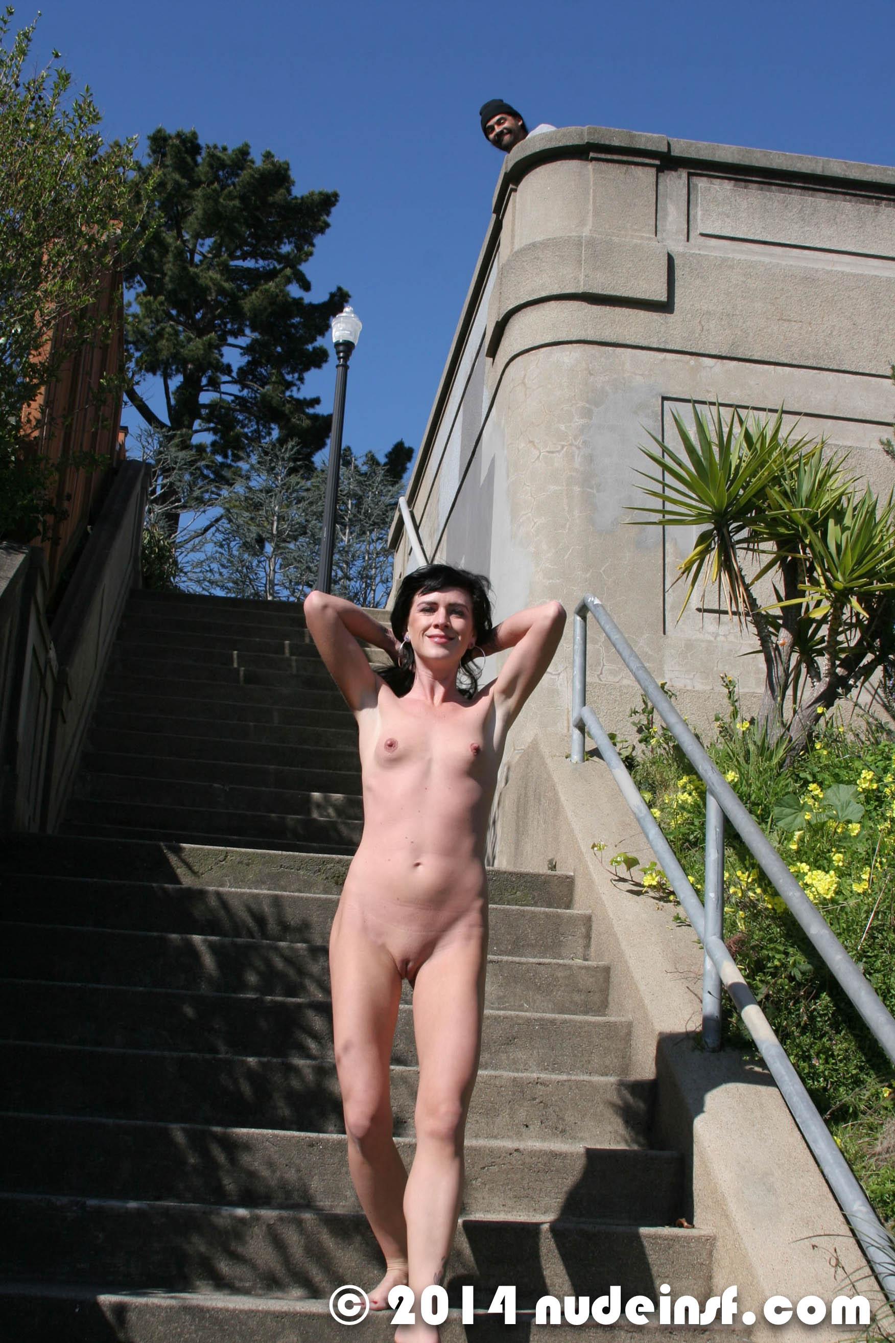 Gina - Public nudity in San Francisco California