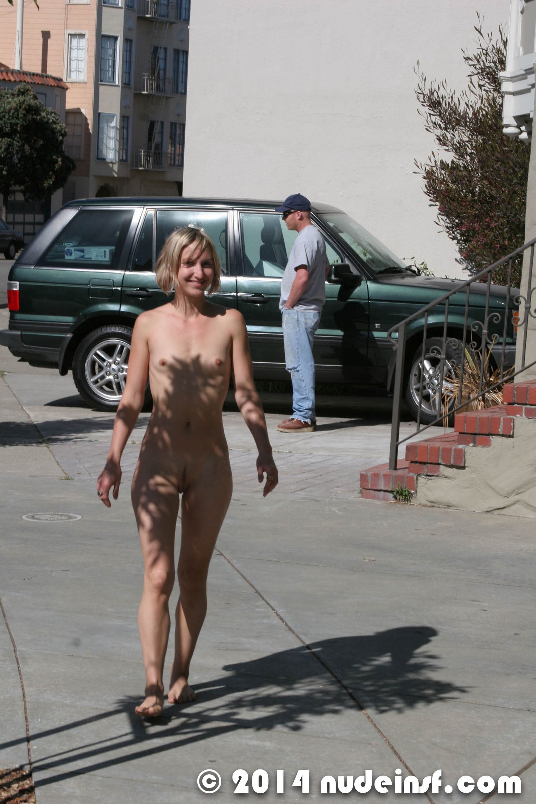Jenni - Public nudity in San Francisco California