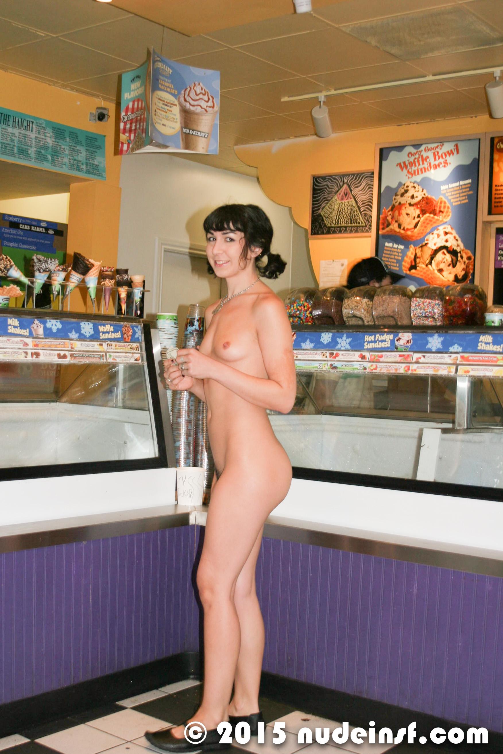 Marie - Public nudity in San Francisco California